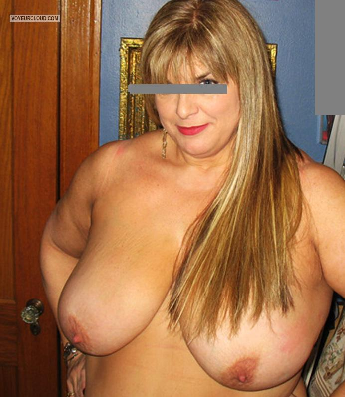 Tit Flash: Wife's Tanlined Very Big Tits - Iris from United States